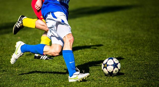 Lehniner Gesamtschule zweimal Vierter im Kreisfinale Fußball