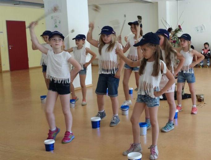 """Grandioser Auftritt der Lehniner """"Glamourdancer"""" und der Inliner-Kinder"""